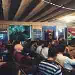 Félix A. Tena Briceño presentando Impact Hub Zaragoza en el evento de Blockchain
